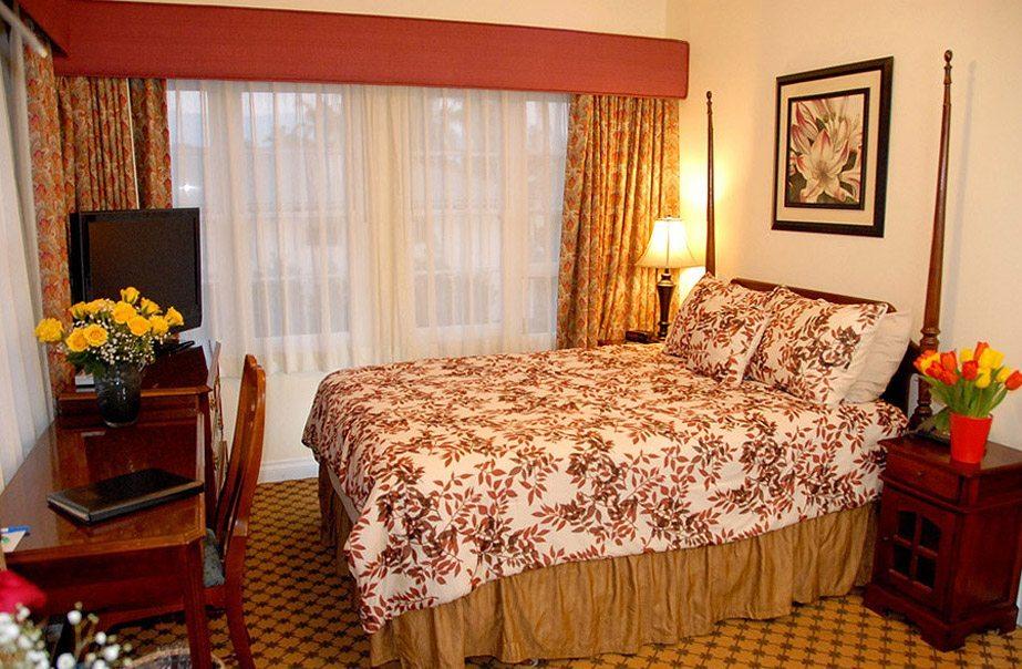 Queen Room The Eagle Inn